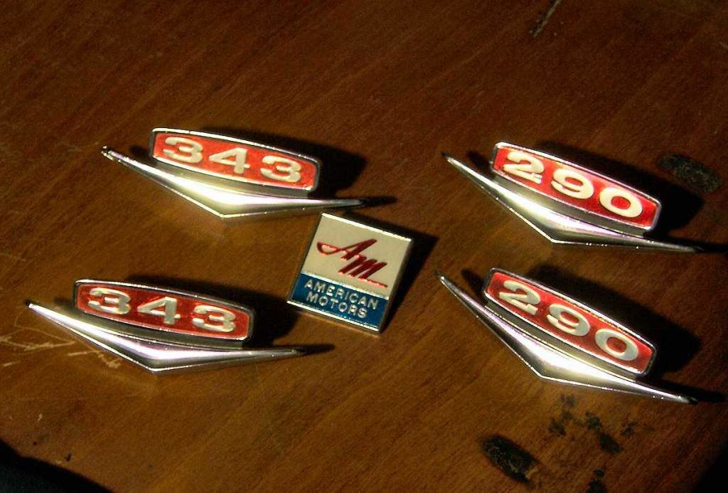343 and 290 badges from 1966